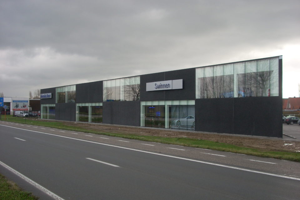 Almobe industriebouw - Garage Swinnen - Lier 1