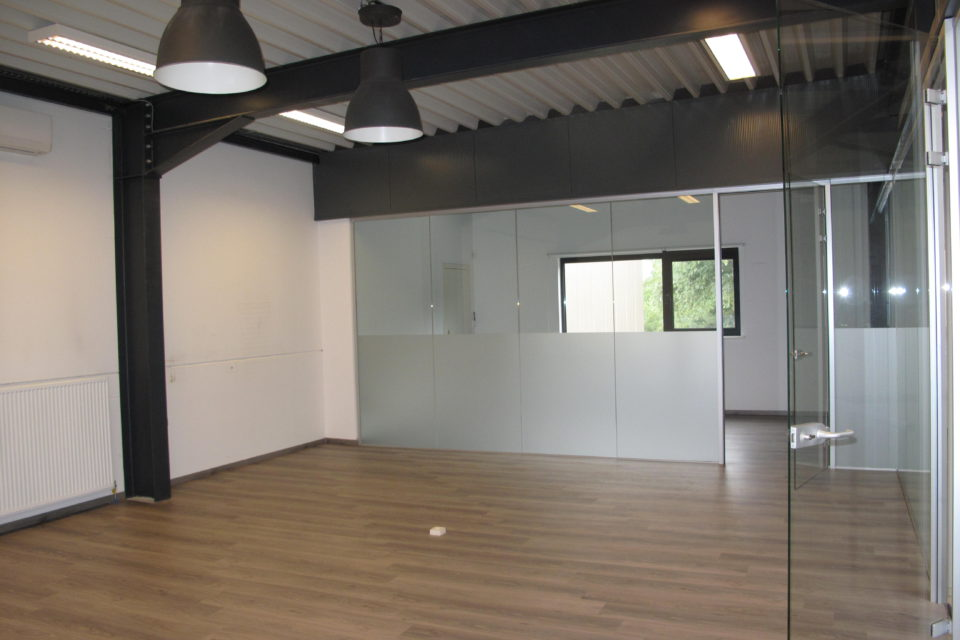 Oostmalsestwg 106 - 3 kantoor